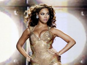 Beyonce Performs at The Staples Center