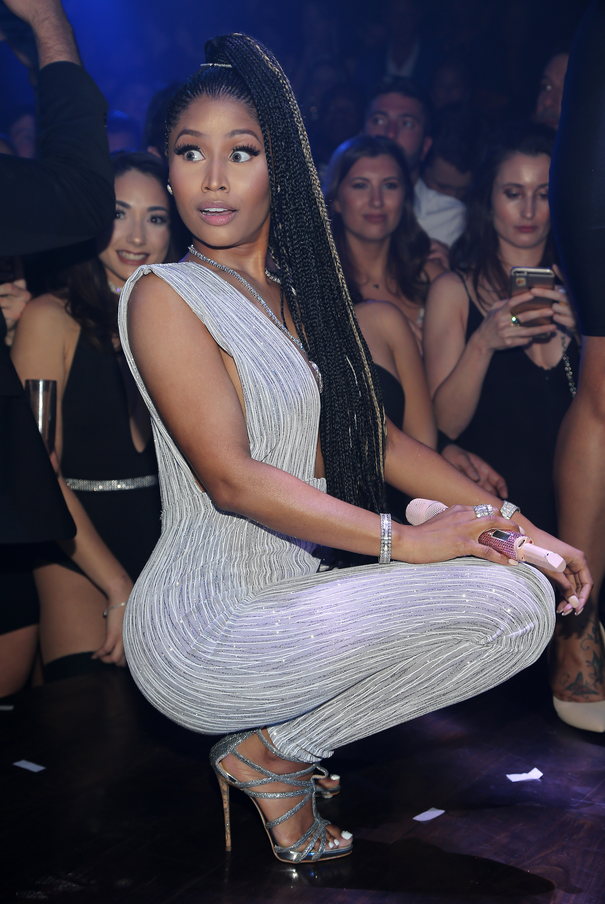 Nicki Minaj Rings In New Year 2017 At E11EVEN Miami