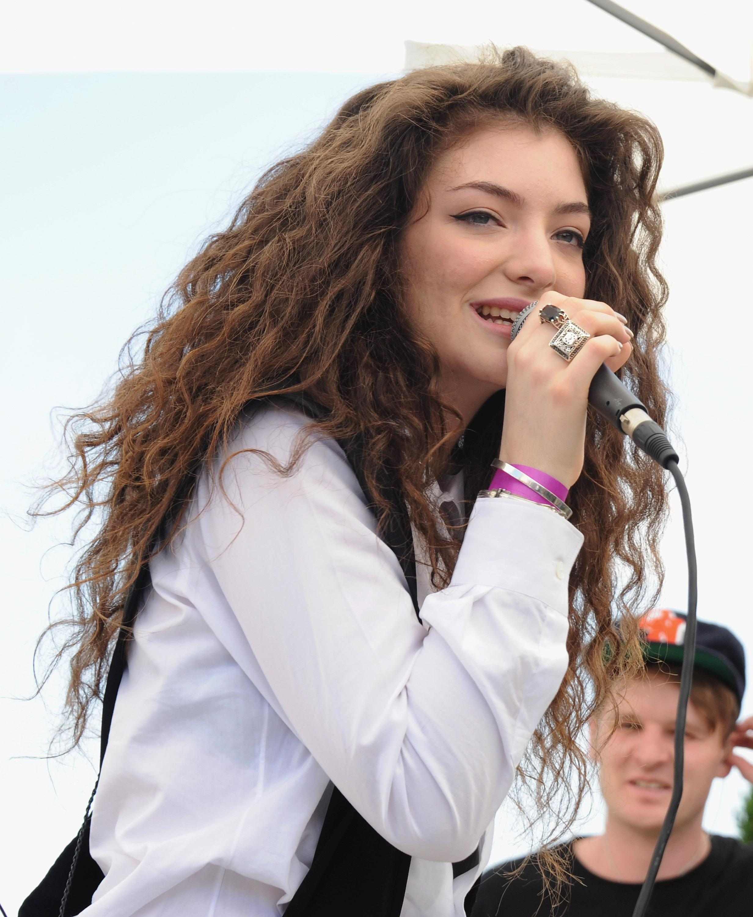 Lorde Performs At 98.7 FM's Penthouse Party Pad