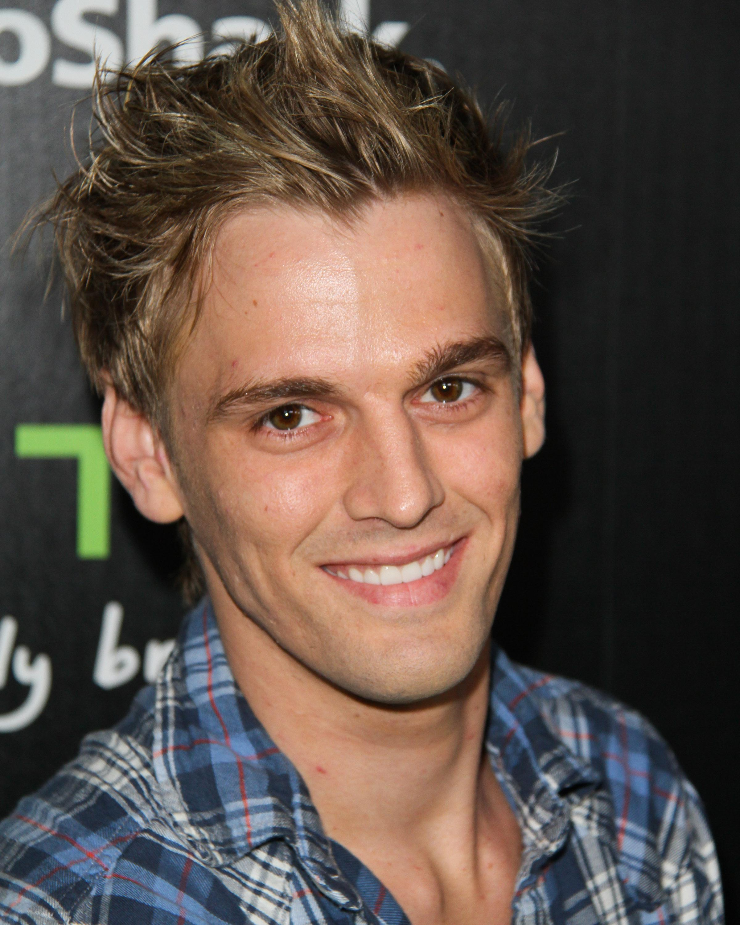 Aaron Carter Comes Out Bisexual Radio Now 921