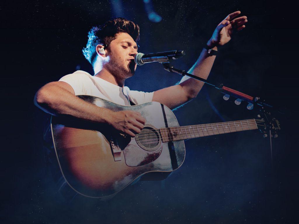 Win Niall Horan Meet Greet Passes In Houston Radio Now 921