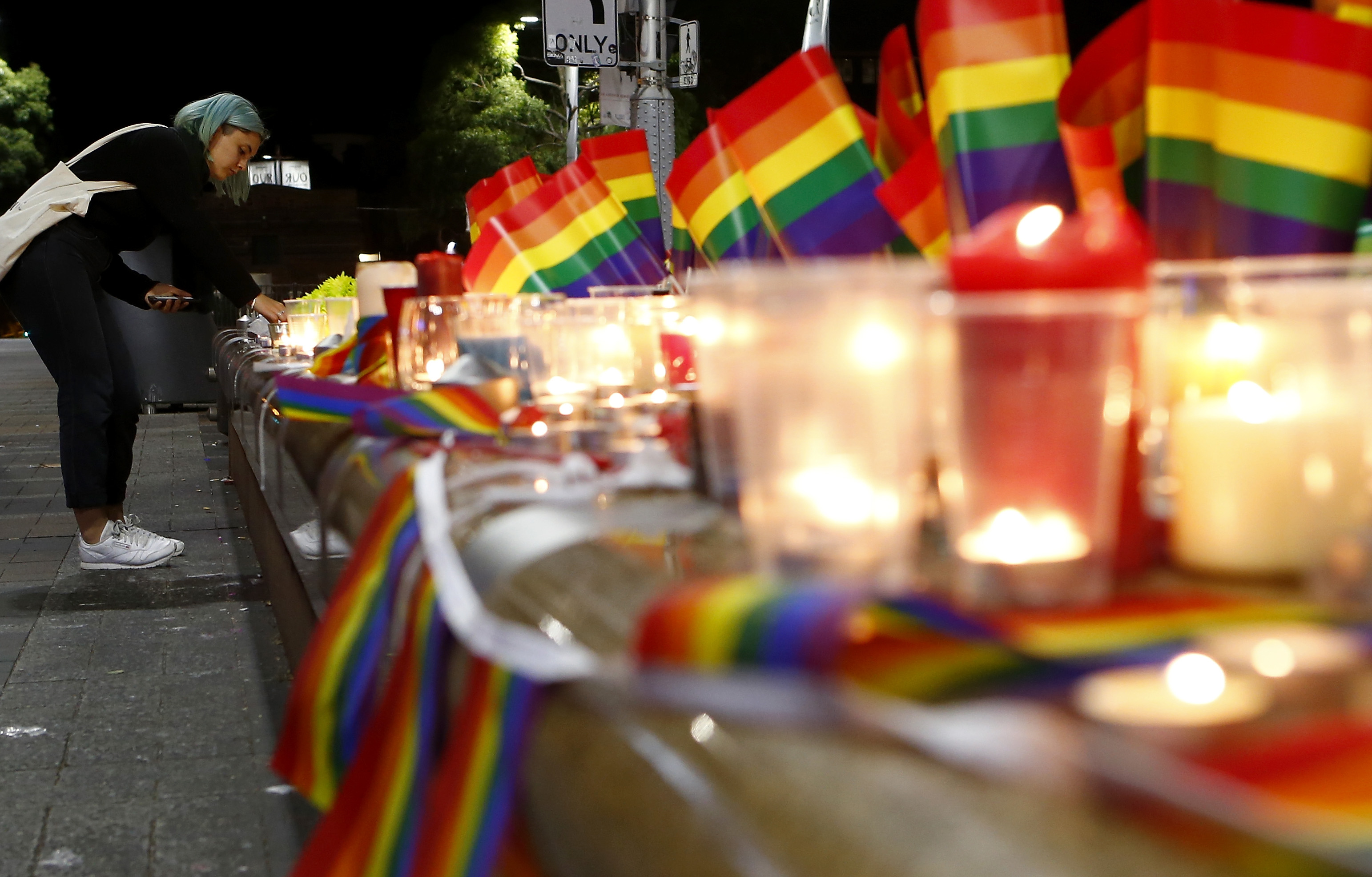 Australians Hold Candlelit Vigils For Victims Of Orlando Nightclub Shooting