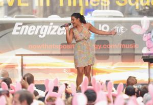Jordin Sparks Surprise Performance To Raise Awareness For Energizer's Partnership With The VH1 Save The Music Foundation