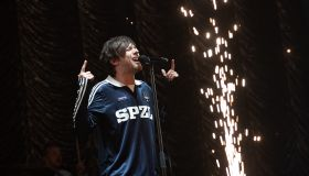 Louis Tomlinson performs at Free Radio Hits Live