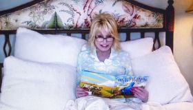 """""""Goodnight with Dolly"""" Dolly Parton reads """"The Little Engine That Could"""" online during the Coronavirus outbreak"""